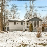 Renovated home in central St. Lazare