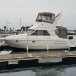 NICE COTTAGE ON THE WATER 3585-CRUISER YACHT FLY-BRIDGE